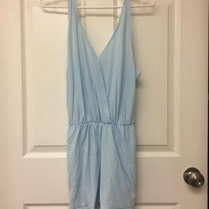 BASIC SURPLICE ROMPER